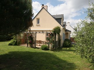 Authentic Villa in Erdeven France With Jacuzzi