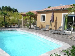 Cozy Villa in Sampzon with Swimming Pool