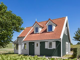 Restyled villa with dishwasher, near the Grevelingen Lake