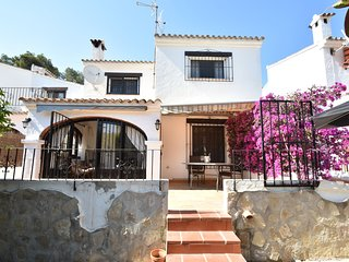 Spacious Holiday Home with Swimming Pool near Sea in Moraira