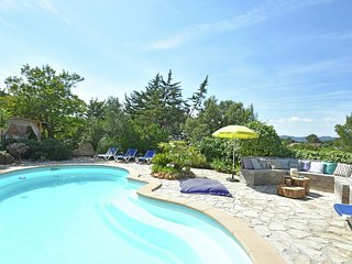 Peaceful villa near Frejus beach with private pool