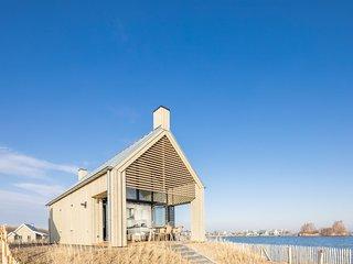 Moderne designlodge met combimagnetron in het nationaal park