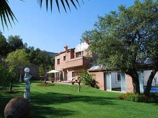 Modern Villa in Santa Cristina d'Aro with Swimming Pool