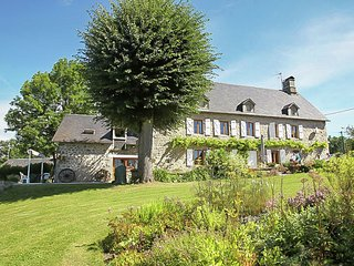 Heritage Villa in Roche-le-Peyroux with Swimming Pool
