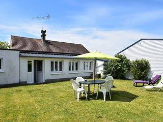 Comfortable Holiday Home near Sea in Agon-Coutainville
