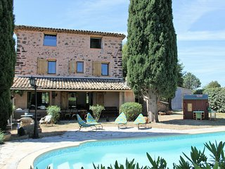 Provencal Villa in La Motte with Swimming Pool