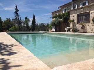 Luxury Villa in Carpentras with private pool