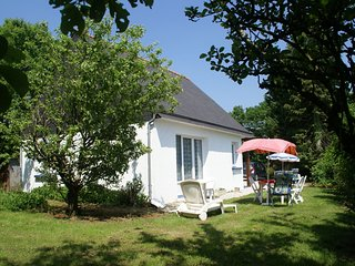 Holiday home with a nice garden, in Brittany's culturally rich hinterland