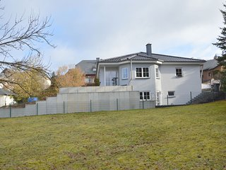 Luxurious Apartment in Ulmen near Lake