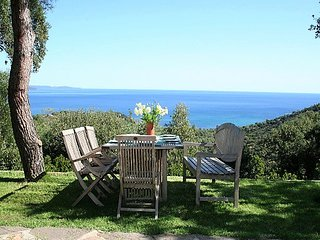 Experience between unspoilt nature and the Cote d'Azur, villa with amazing view