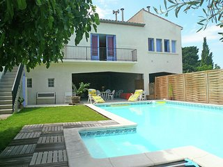 house with private swimming pool close to Narbonne