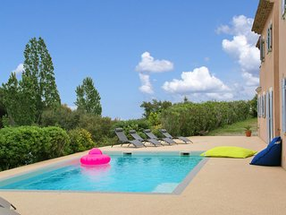 Luxury Villa with Private Pool near Sea in Var