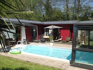 Quaint Chalet with Private Pool in Lesneven