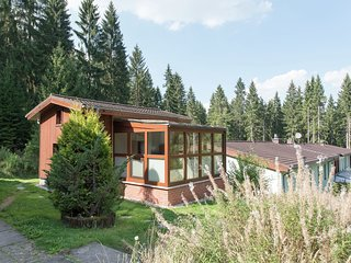 Cozy Holiday Home in Jägersgrün with a Swimming Pool