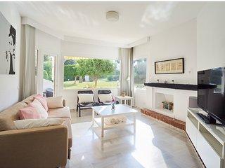 Cozy apartament en Jardines de Calahonda