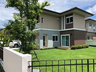 Saransiri - Three bedroom Villa with shared pool  (Koh Kaew)