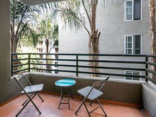 1BR Furnished Corporate Suites in Mid-City