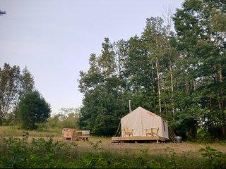 Tentrr - Featherfoot Farm