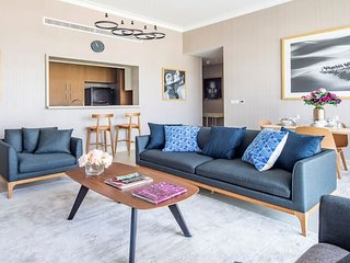 Modern 2BR w/ Tranquil Ambience in Emirates Hills!