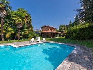 La Villotta With Swimming Pool