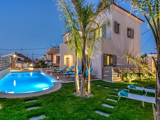 Villa Marina Mare, luxury, close to the beach, heated pool, hammam & sauna