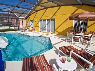 Disney On Budget - Vizcay - Welcome To Cozy 3 Beds 2 Baths Villa - 10 Miles To