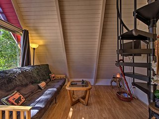 NEW! Cozy Couple's Getaway--Big Bear A-Frame Cabin