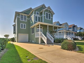 Manteo Waterfront Resort Home w/ 30-Ft Dock!