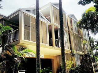 Port Douglas Apartments on Macrossan Street