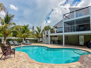 650 Canal Absolutely beautiful home with pool!