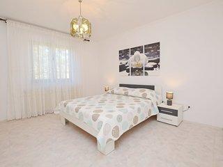 Apartment Milan (71951-A2)