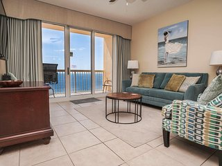 Calypso Resort & Towers Rental 2202W - Sleeps 8 - just Steps to Pier Park!