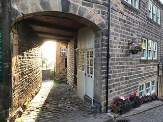 The Archway, Haworth. Superb, luxury one bedroomed apartment with stunning views