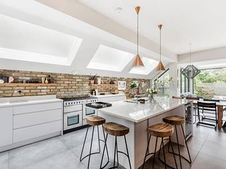 Long Stay Discounts - Stylish 5Bed House, Kensal