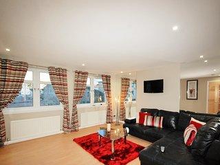 EPI - 3 Bed En-suite 1st Flr Apartment Grandholm Crescent