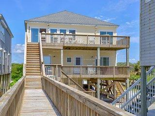 Island Drive 4420 Oceanfront-B Lot! | Hot Tub, Elevator, Jacuzzi, Internet, Wedd