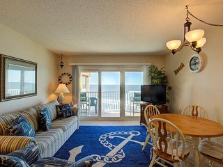 Topsail Dunes 1310 Oceanfront!   Community Pool, Tennis Courts, Grill Area