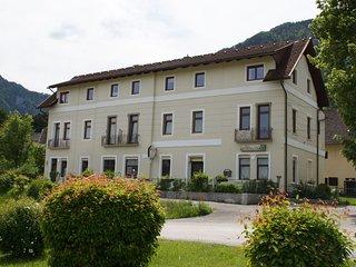 Cozy Hillside Apartment with Sauna in Ferlach