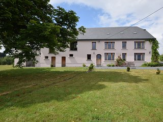 Rural, completely renovated farmhouse with large garden