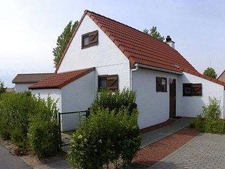 Cozy Holiday Home in De Haan near Beach