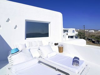 Beautiful villa, 50 m from beach and close to other beautiful beaches on Mykonos