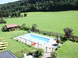 Cozy Apartment with Shared Pool and Sauna in Flachau