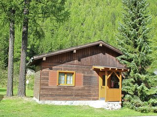 Cosy Chalet In Meiggerli With Garden