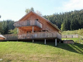 Luxurious Holiday home in Stadl an der Mur with Jacuzzi
