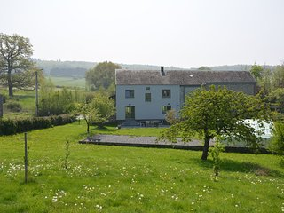 Village house with large garden, very quiet, very beautiful typical region
