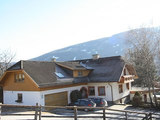 Spacious Apartment in Sankt Michael im Lungau near Ski Area