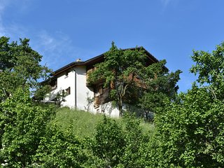 Home with spectacular location in the mountains with beautiful view