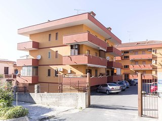Apartment with parking, a 4 minutes walk from the sea and the center of Tropea