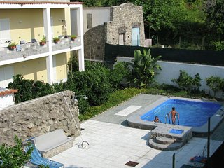 Quaint Holiday Home in Barano d'Ischia Pool