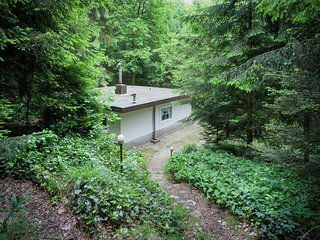 Peacefully situated in the center of the forest of the Kempen